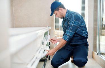 Trouver un plombier de confiance : 4 astuces efficaces