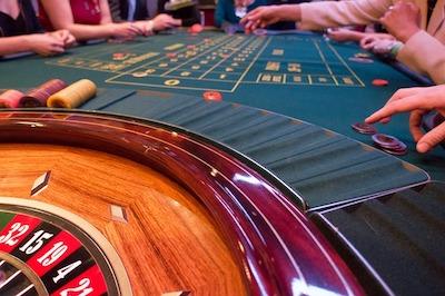 Pourquoi les casinos en ligne sont meilleurs que les casinos traditionnels ?
